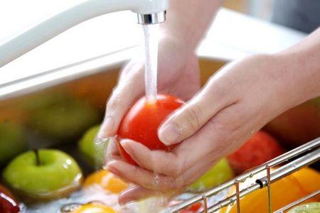 мытьё фруктов